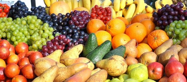 fruits to eat and avoid in pregnancy